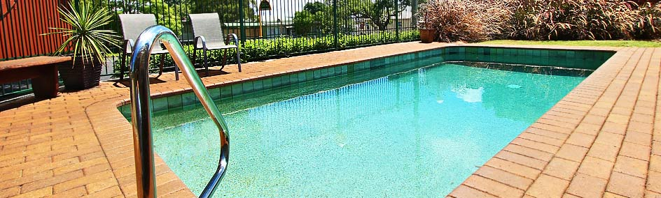 Relax by the pool at Garden City Motor Inn - Toowoomba QLD